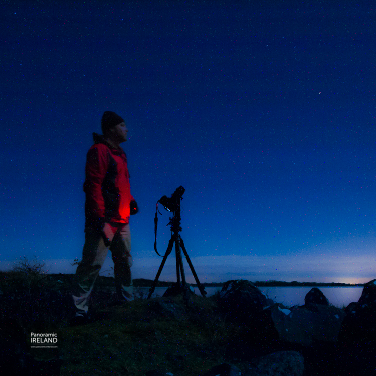 A someone-elsie portrait of Panoramic Ireland photographing the stars.