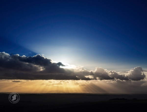 check out those sun rays, sunset landscape photography in Ireland
